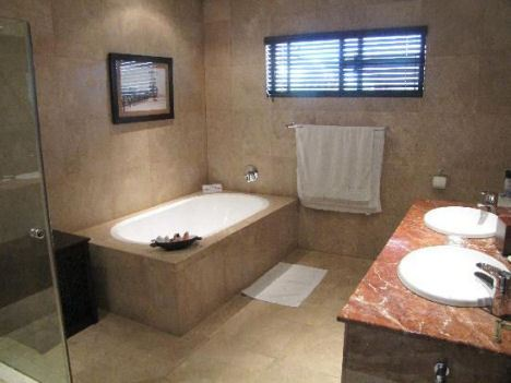 Cresta Lodge - Gaborone - Twin Room